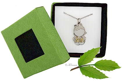 All of our specialty mothers jewelry comes attractively gift boxed.