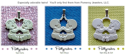 Pattycakes- Twins baby pendants for mom.